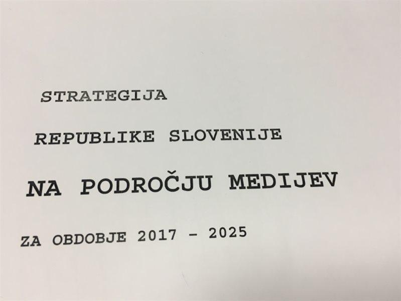 ...vnesi ime oziroma naslov datoteke...